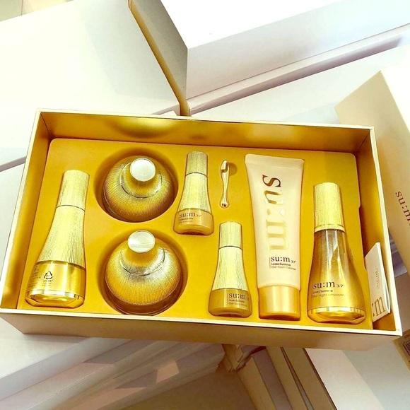 SUM37 Other - SUM37 Losec Summa Elixir Holiday Skincare Set(New)